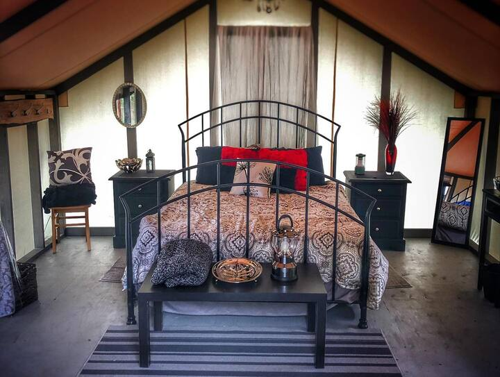 Wellspring Wall Tent Retreat - Tuxedo Room (#2 )