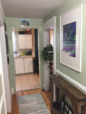 Newly decorated 1BR gem in the heart of Dartmouth