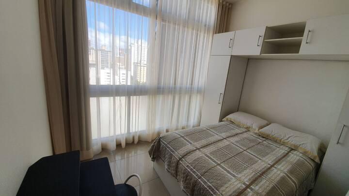 Apartamento 2 quartos, com 1 suite, bem localizado