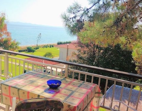 Seaside apartment Avra ideal for families