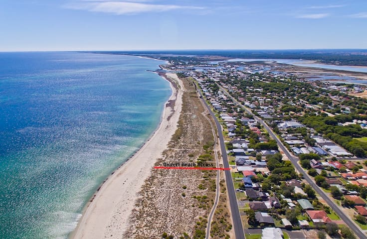 Into the Blue - Busselton Beachfront