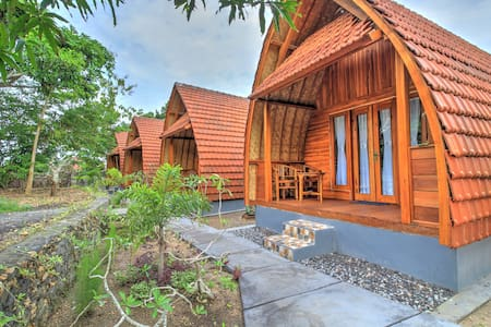 Kira Cottages, 10 minutes to Crystal bay