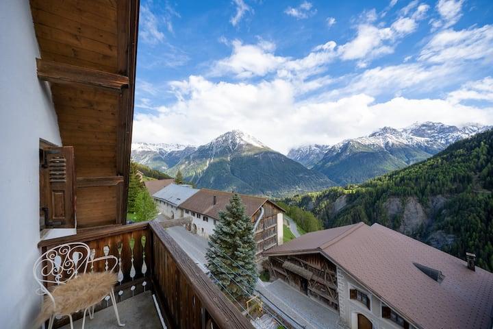3-Zimmerdachwohnung im idyllischen Bergdorf Vnà