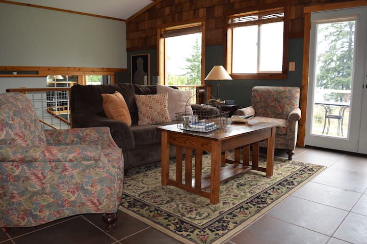 Cicero Room -  The Bluff on Whidbey B&B - Oak Harbor