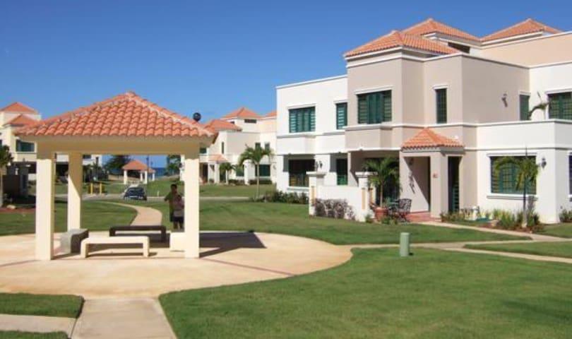 beautiful villa beachfront,  Rincon Puerto rico