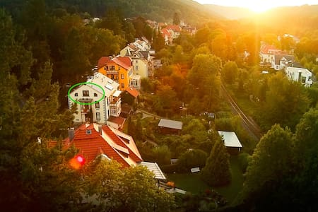 Ferienwohnung mit Ausblick im Villenviertel - Ilmenau