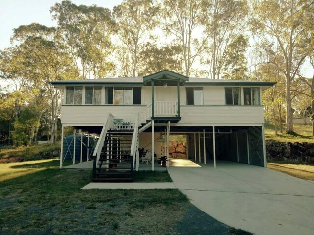 Noosa Queenslander Guest House - Doonan