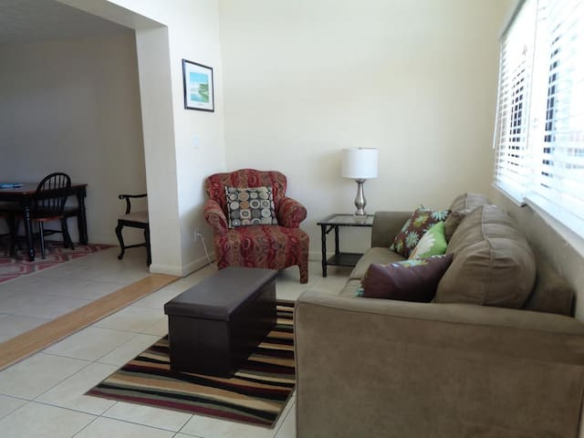 Spacious 2 Room/2 Bath Apt in Everglades City