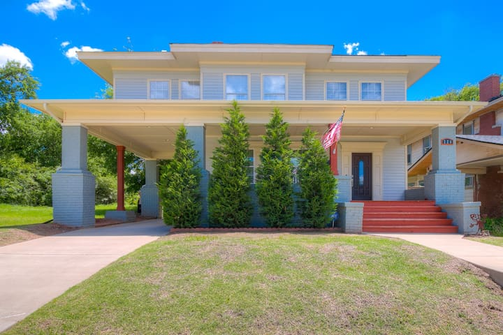 Renovated Historic Home Near Downtown OKC