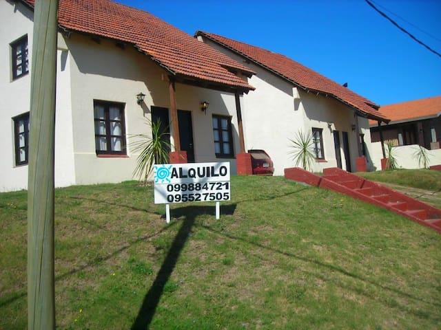 Casas en la playa La Aguada 4,La paloma,Uruguay - La Aguada - Hus
