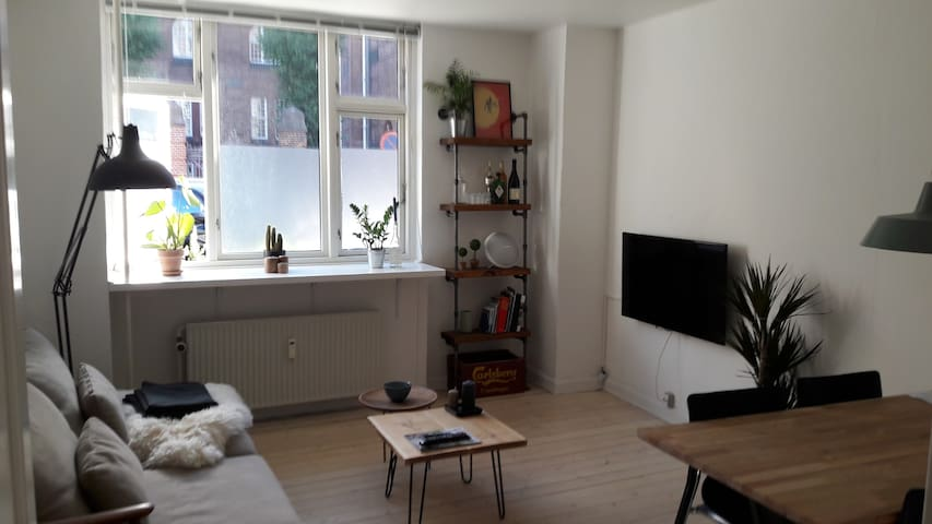 Cosy apartment nearby Centrum - København - Apartment