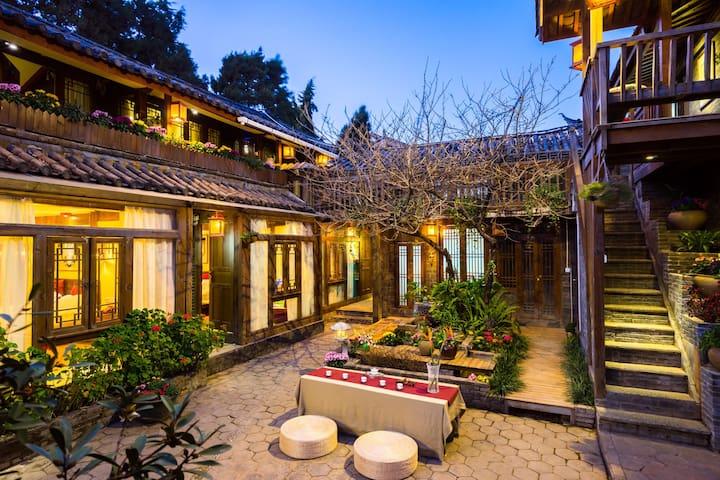 纳西寻梦(大床房) - Lijiang - Lägenhet
