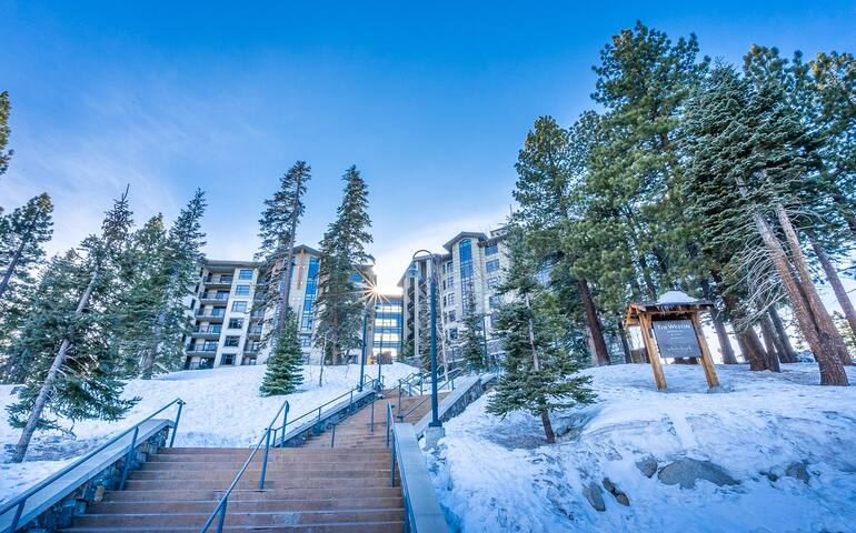 The Village Monache 2BD/2BA with Great View