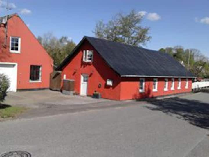 The old smithy in Kousted DKK 4.000/ Pr. week