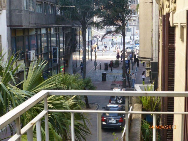 Apartamento 3 dormit. en pleno centro de la ciudad - Montevideo - Wohnung
