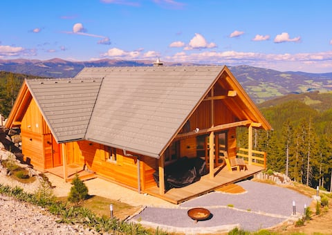 """Summer & Winter Mountain Chalet """"Magical cottage"""""""