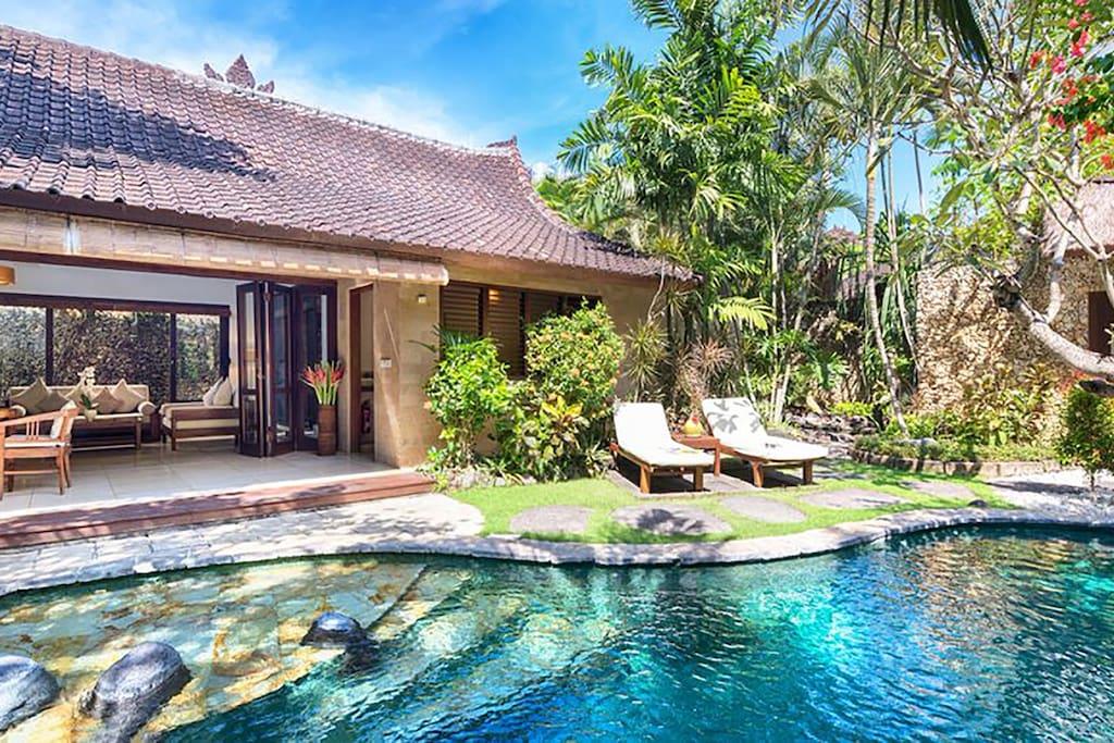Villa No. 9-Pool