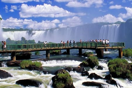 Cataratas do Iguaçu - Bilingual - Foz do Iguaçu - บ้าน