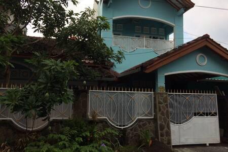 SUDI HOME STAY
