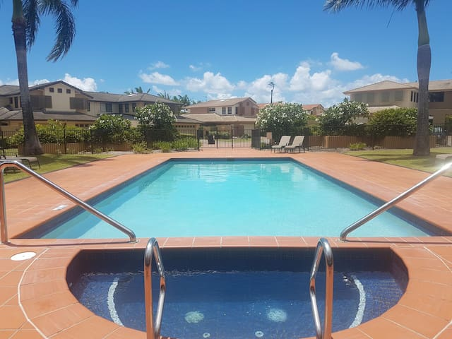EntireTownhouse-GoldCoast-CommonwealthGames-Pool