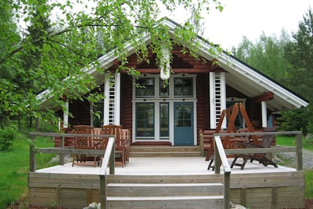 A cozy cottage by the lake - Mikkeli Province - Natur lodge