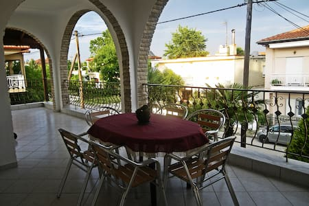 Big cozy apartment near the beach Paralia Katerini - Kallithea