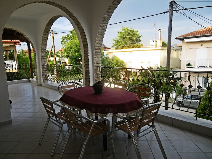 Big cozy apartment near the beach Paralia Katerini