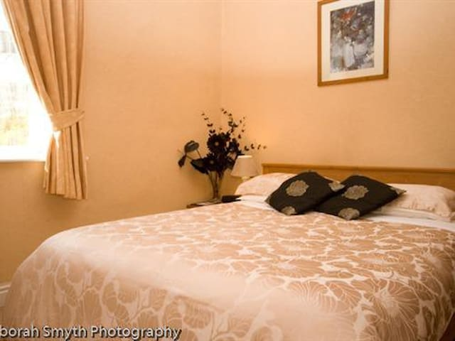 Double Room - The Pinfold Guest House