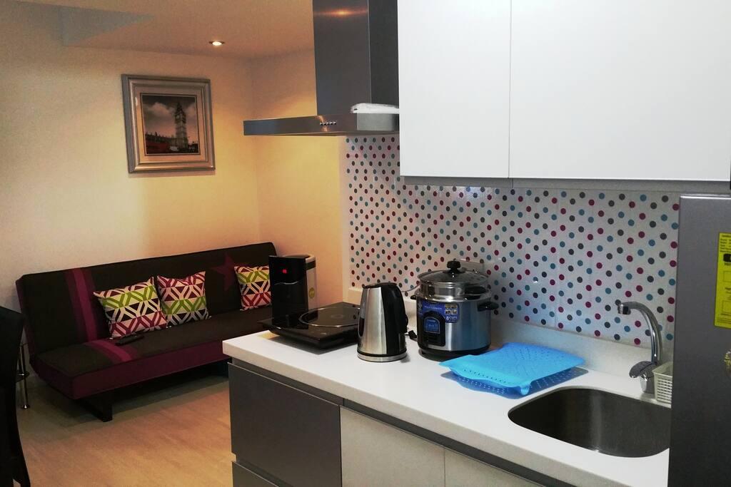 Living + Kitchen.