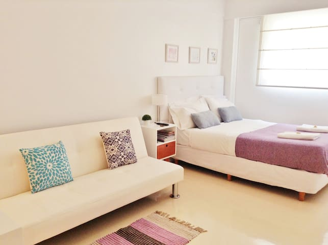 Bright Studio in RECOLETA!!