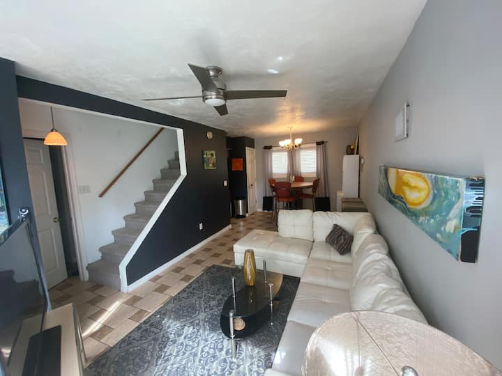 Carriage House 2 Bedroom Beachside Prices Slashed!