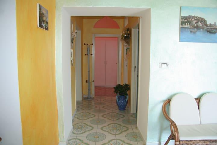 B&B Borgo Marinaro - Single Room - Pozzuoli - Bed & Breakfast