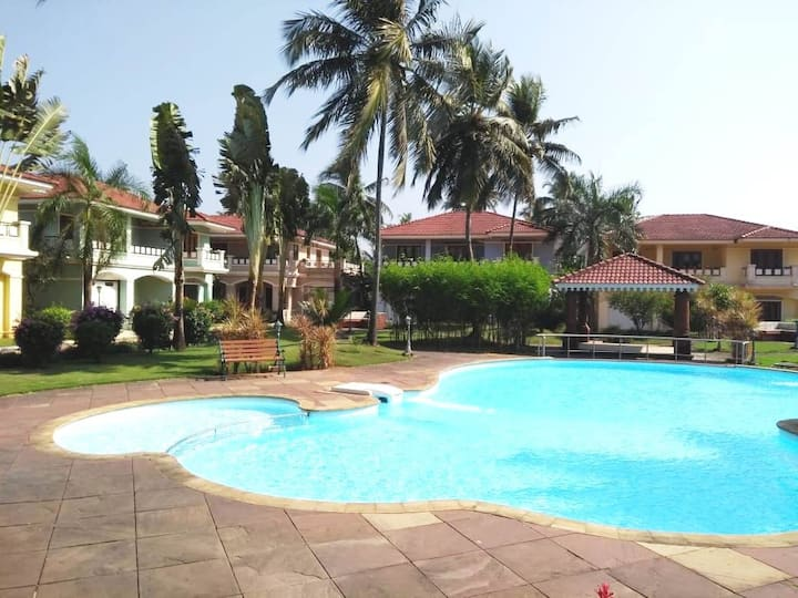Classy 4 BHK Villa with paddy field view