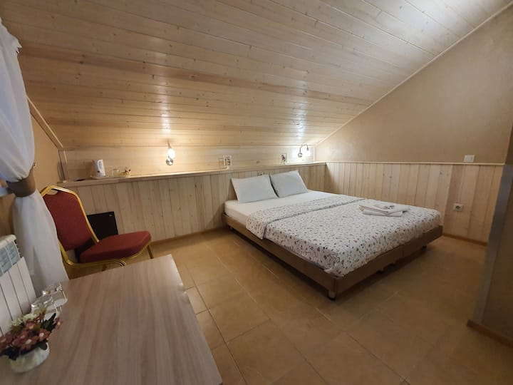 Standard Double Room (Twin)
