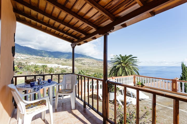 Villa Cruz 1 / Beautiful views and peace - Breña Alta - Casa