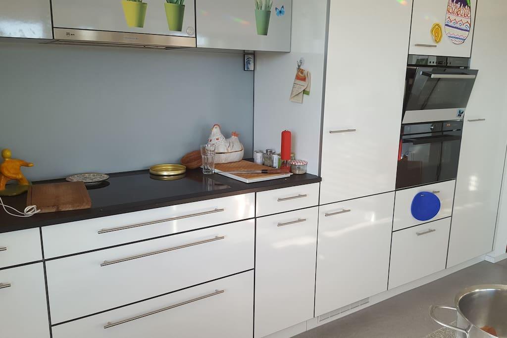Küche  Kühlschrank Toaster alles zu gebrauchen