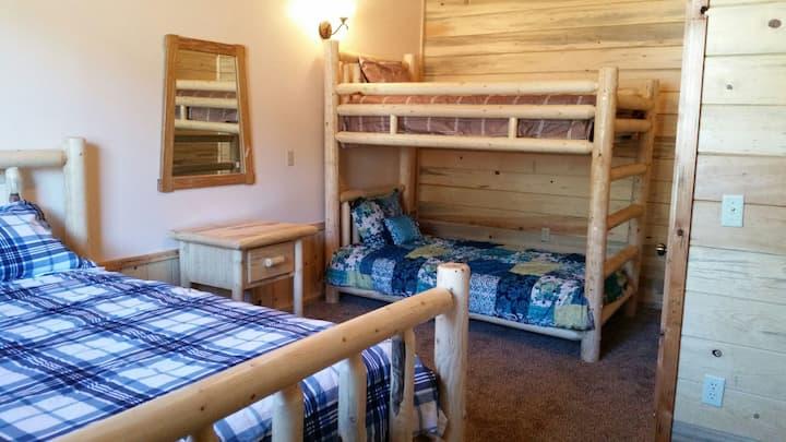 Golden Haven Ranch- 2 bedroom Apt.