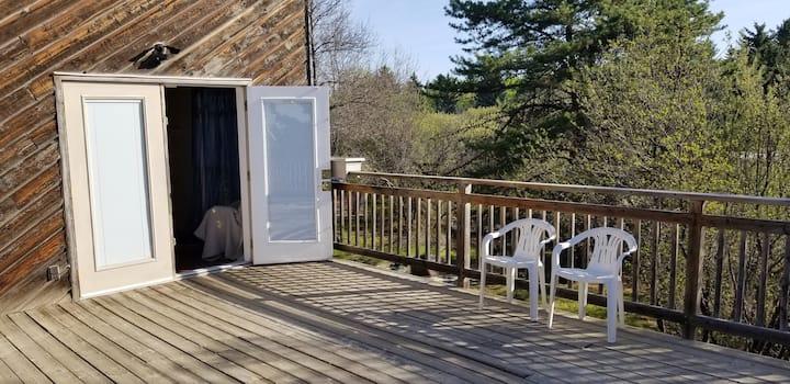 Riverfront Guest Suite