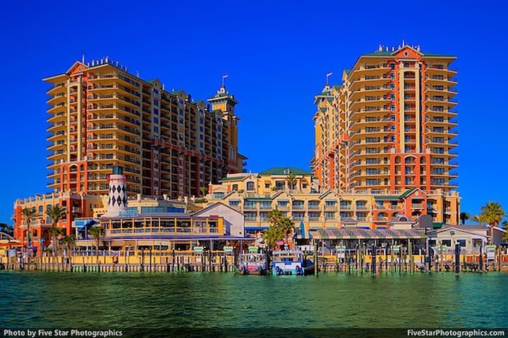 3 Brd Condo at Emerald Grande - Destin - Pis