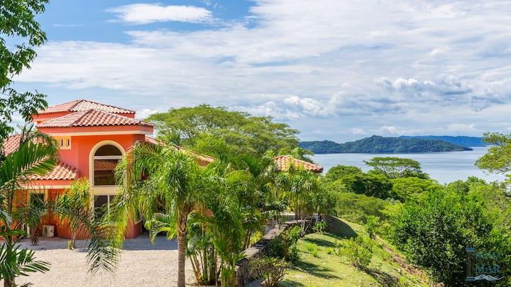 Villa Tranquila, Oceanview & Pool, Costa Rica