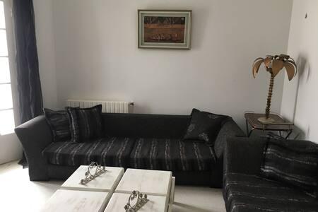 Beautiful flat with garden, terrasse and parking - La marsa - Talo