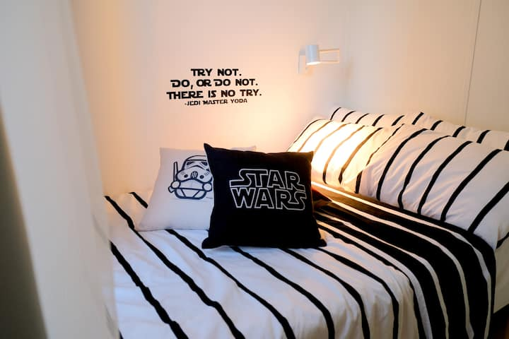 StarWars Themed Pad (Wifi + Netflix) @ CoolSuites