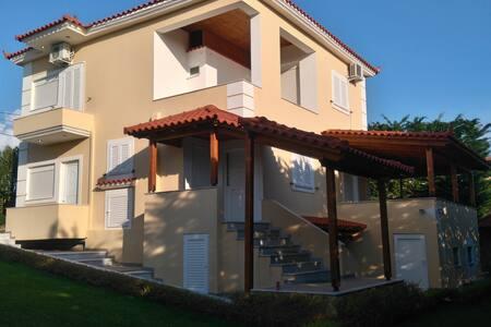 Villa Ksamil - Ksamil