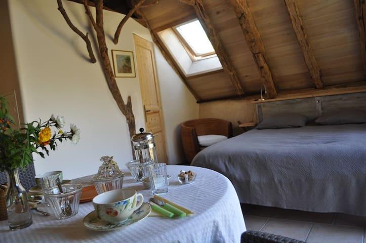 """Chambre côté nature la """"Sylve"""" - Marcilhac-sur-Célé - Aarde Huis"""