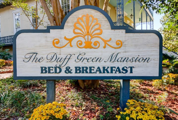 Camellia Room - Duff Green Mansion
