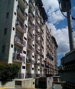 2BR, 1TB Very nice yet affordable - Quezon City