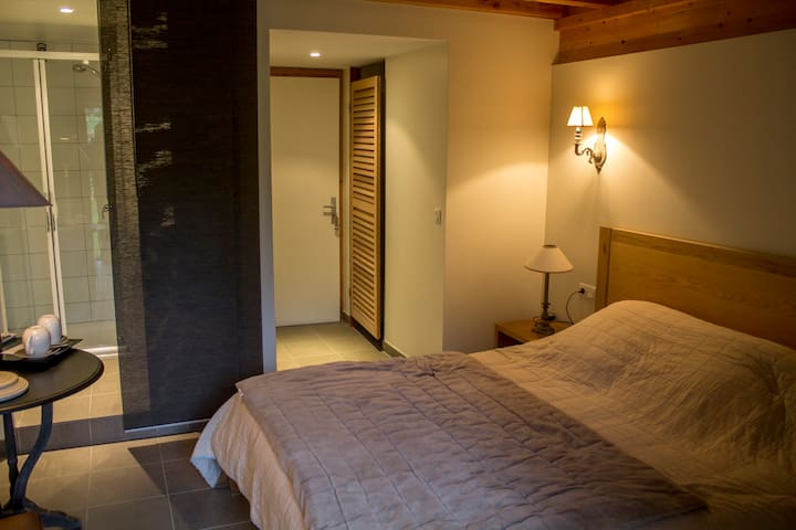 chambre d'hotes - Camboulit - Chalet