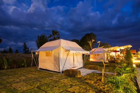 Private Tent RO@Bluemoon Riverside Resort Ubon - Phibun Mangsahan District