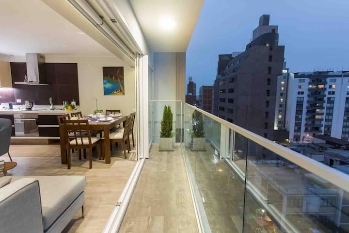 Premier Apartment in the hearth of Miraflores