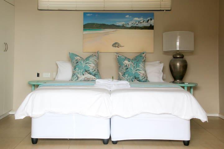 4th Guest Bedroom with En-suite